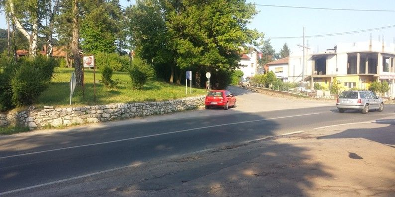 """Public Consultations On Draft Environmental and Social Management Plan for the project of reconstruction of the black spot roundabout """"Husino"""" in Tuzla"""