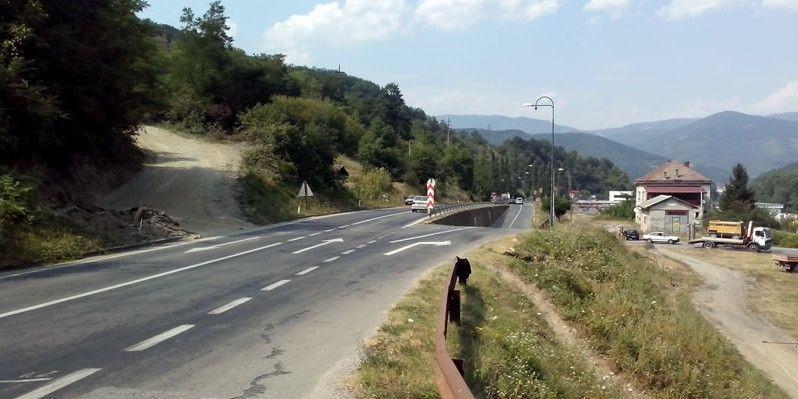 Javna rasprava o nacrtu Plana upravljanja okolišem i društvenim aspektima za projekat Rekonstrukcije raskrsnice Vitkovići, cesta M-20